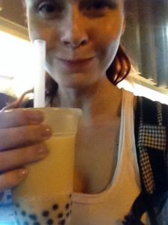 Spokojenost sama s hubou plnou tapioca-kul