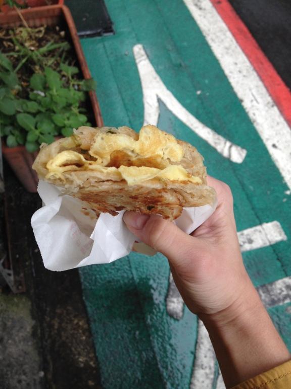 Trhané palačinky s jarní cibulkou (蔥抓餅)