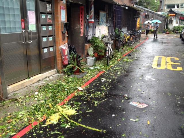 Tajfun Matmo. Ráno poté
