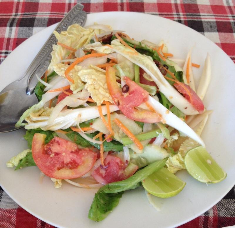 A rozhodně ten lepší lao salát.